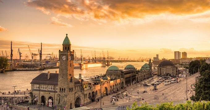 Nachdem Sie nun wissen, warum Städte gegründet wurden und wer einstmals dort lebte, stellen wir Ihnen hier Hamburg vor.