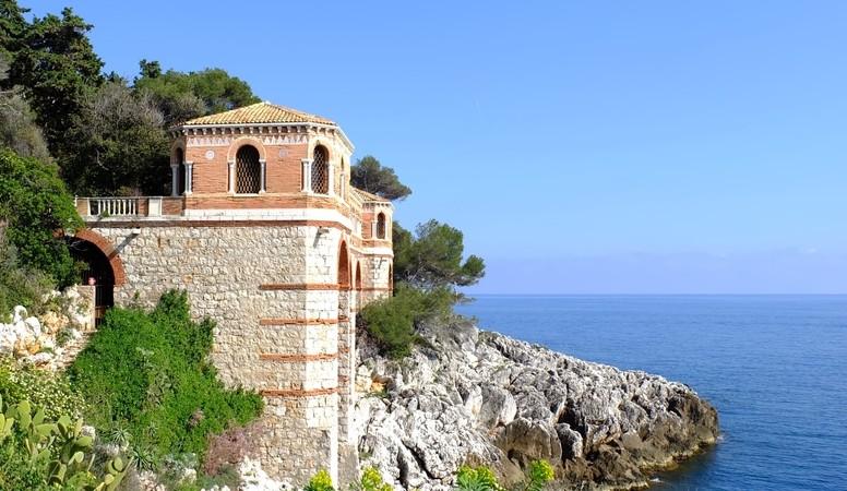 Eine wunderschöne Aussciht: Cap Saint Martin. (#4)