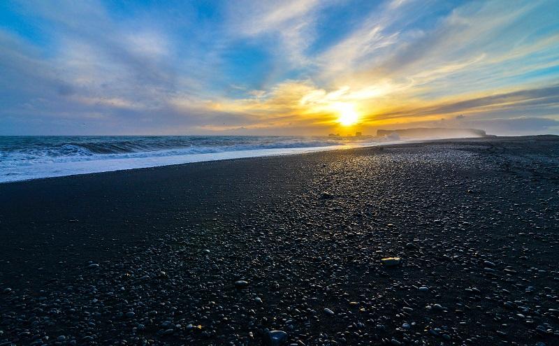 Die schönsten Strände: Der schwarze Strand von Vík í Mýrdal (Island) (#04)