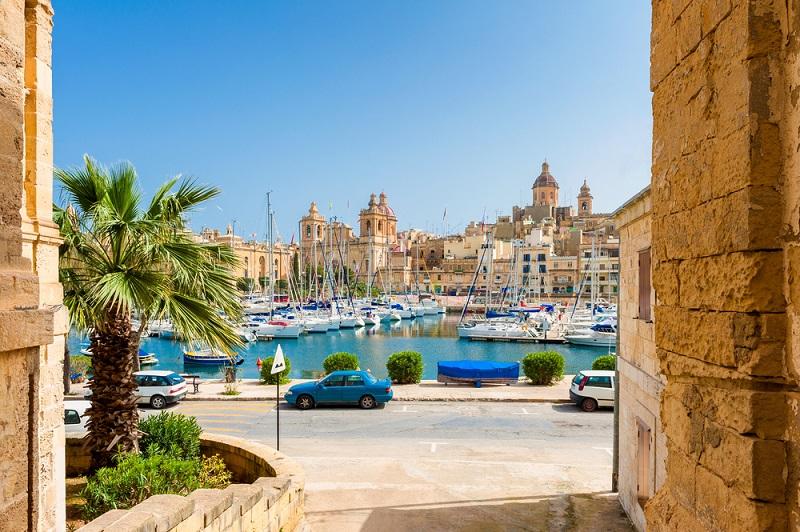 Keine Frage, warum Malta zu den schönsten Urlaubszielen der Welt gehört: Eine interessante Geschichte, eine atemberaubende Architektur und ein traumhaftes Meer. (#06)