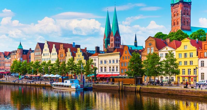 Ein absolutes Muss ist die Lübecker Bucht, ein gerade bei Familien beliebtes Urlaubsparadies. (#02)