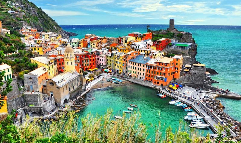 In Italien gibt es unzählige Städte, die den Urlaub zu einem besonderen Erlebnis machen. Bei welcher von ihnen es sich um die schönste Stadt des Landes handelt, ist jedoch schwer zu beantworten.