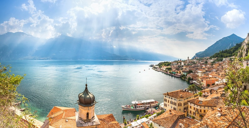 Ein Beispiel, das bereits seit Jahrhunderten zu den wichtigsten Reisezielen in Europa gehört, ist der Gardasee.
