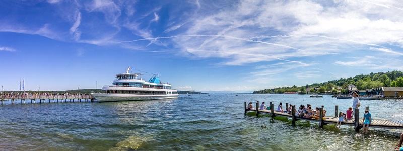 Die gleiche Funktion, die der Wannsee für die Bewohner Berlins hat, übernimmt der Starnberger See für die Menschen, die in München leben. (#04)