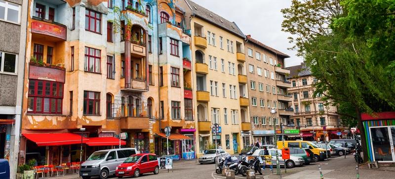 Der Stadtteil Kreuzberg ist eine alte Partyhochburg des alten West-Berlins und auch heute längst nicht out. In der lebendigen Szene der Stadt hat der Festsaal Kreuzberg einen Ehrenplatz verdient.