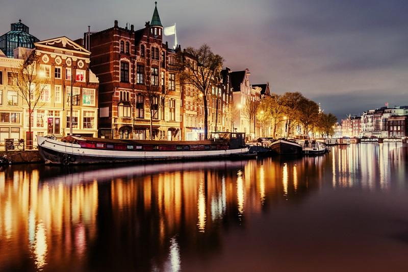 Wochenendausflug nach Amsterdam: Wenn es um eine der schönsten und aufregendsten Städte Europas geht, darf Amsterdam gewiss nicht fehlen. (#09)