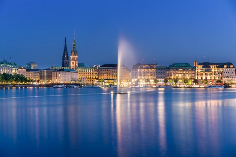 """Wochenendausflug Hamburg: Die """"kühle"""" oder besser gesagt coole, alte Hafenstadt zählt zu den erlebnisreichsten und zudem schönsten Städten der Bundesrepublik Deutschland. (#07)"""