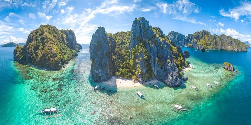 Jetzt, zurück von der Reise auf die für uns schönsten Inseln der Philippinen, träumen wir schon wieder vom nächsten Island Hopping. (Fotolizenz: shutterstock-_HelloRF Zcool)