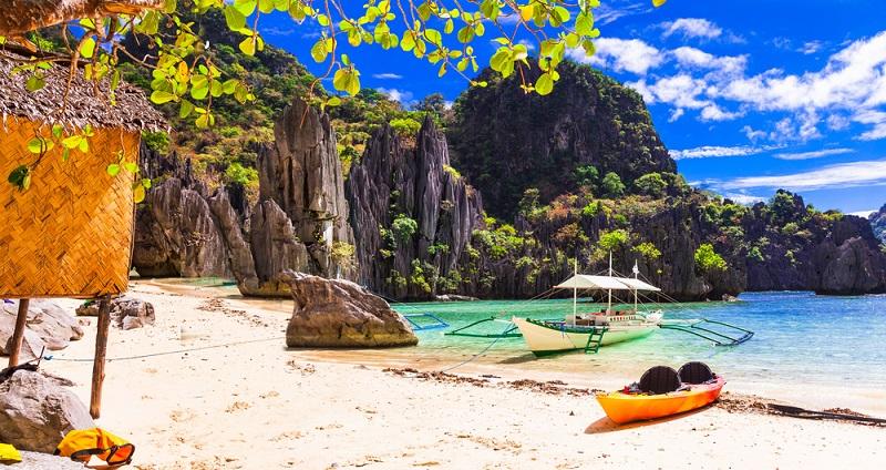 Boracay Island Hopping traumhafte Landschaft wohin man schaut. Fotolizenz - shutterstock_ leoks
