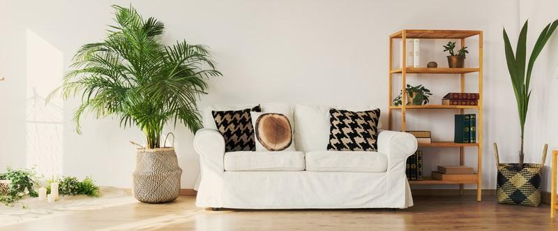 Da im Hygge-Wohnzimmer Natürlichkeit Trumpf ist, dürfte klar sein, dass auch Deko-Gegenstände in jedem Fall völlig natürlich sein sollten.( Foto: Shutterstock-Photographee.eu)