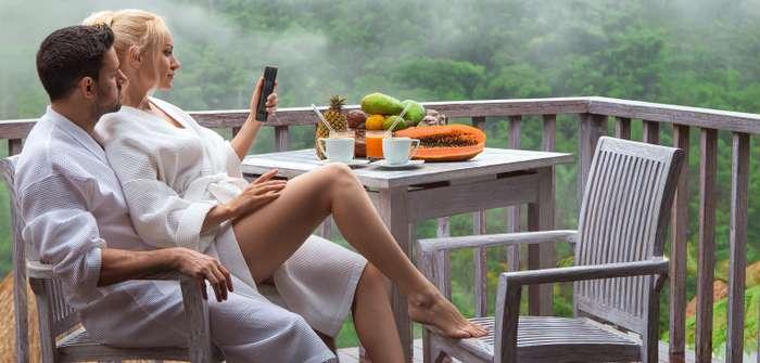 Frühstück auf dem Berg: Die besten Adressen und das perfekte Outfit für einen unvergesslichen Morgen zu zweit ( Foto: Shutterstock- _ Olexandr Taranukhin )